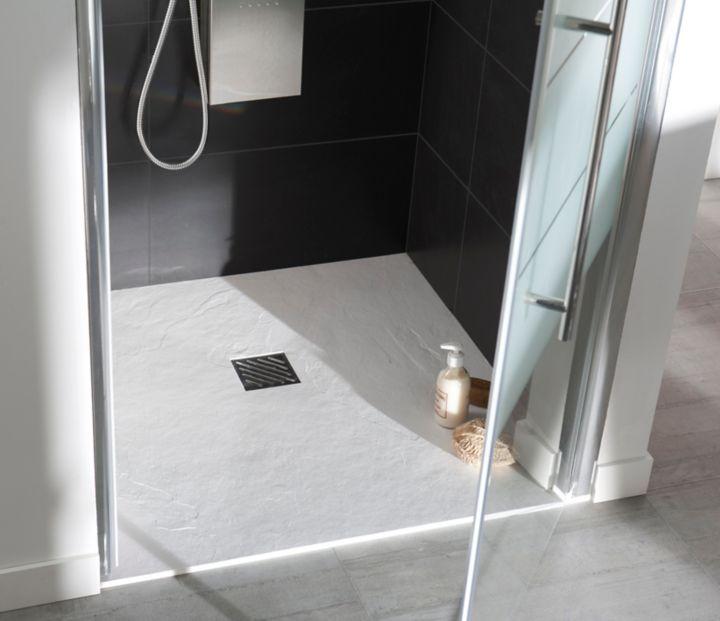 Comment faire une trappe de visite sur bac de douche ?